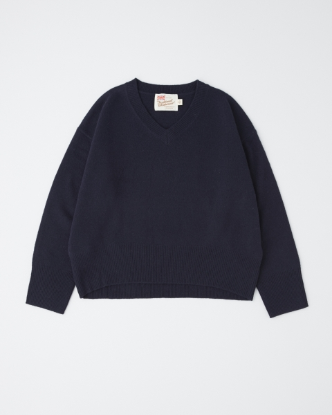 BASIC LAMB'S V-NECK PULL OVER