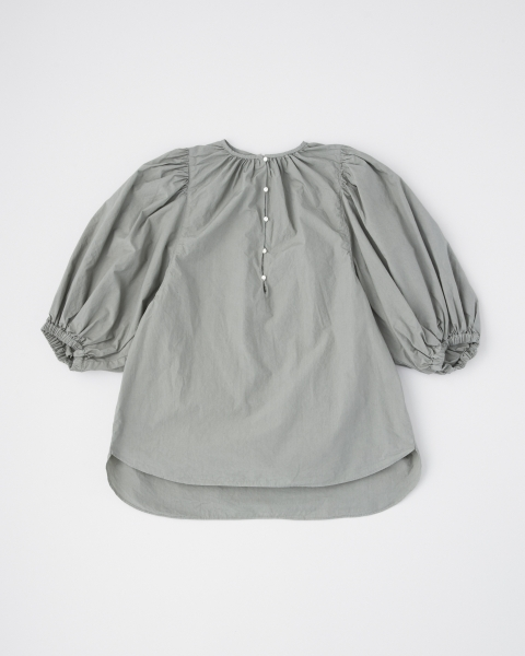 GATHRED NECK BLOUSE