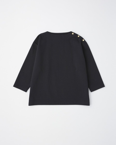 CREW NECK PULL OVER with DOT BUTTON